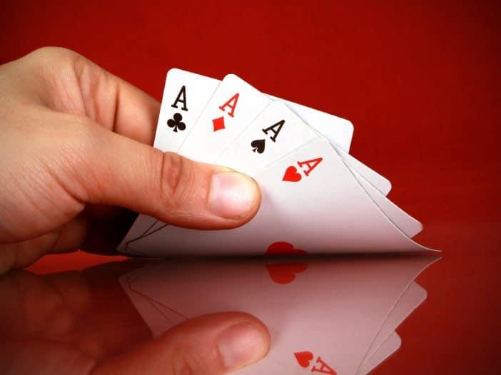 reglamentos del poker